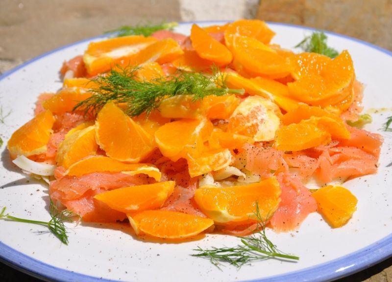Somon afumat cu portocale