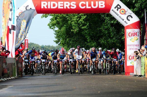 Riders Club lanseaza calendarul de ciclism 2015!