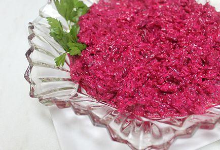 Salata de sfecla rosie cu hrean