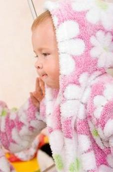 Frica de baita la bebelusi