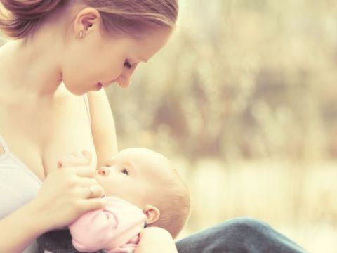 Ghidul complet pentru alimentatia nou-nascutului