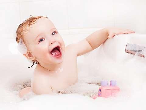Baita bebelusului: frecventa ideala si alte sfaturi utile