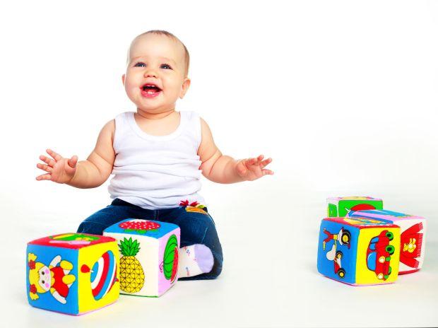 Jocul cu cuburi - ce invata bebelusul