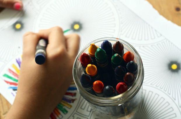 Vrei sa ai un copil fericit? Lasa-l sa fie creativ!