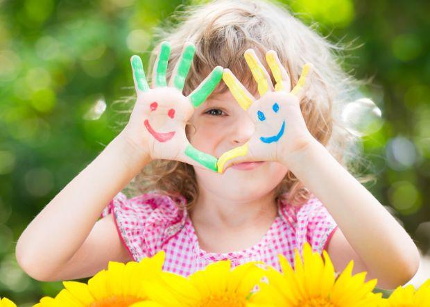 11 activitati simple din care copiii invata despre emotii