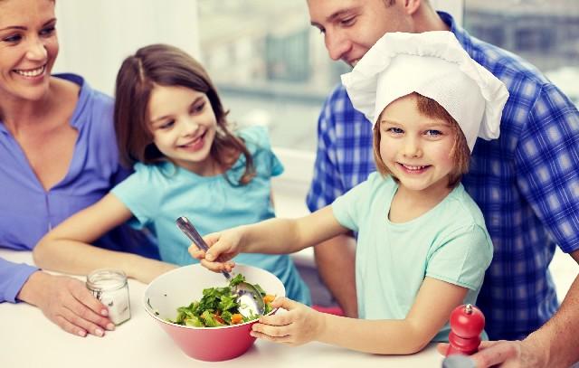 Slow parenting sau cum sa te bucuri mai mult de timpul petrecut cu copiii tai