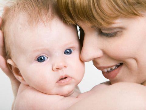 Modalitati de a-ti stimula bebelusul sa invete