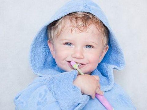 Studiu: 83% dintre copiii din tara in varsta de 6 ani au dintii afectati de carii