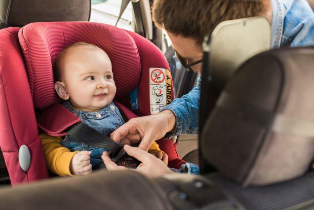 8 sfaturi pentru siguranta copilului in scaunul auto