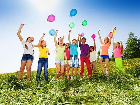 Tabara de vara in care orice copil si-ar dori sa mearga cu cel mai bun prieten!