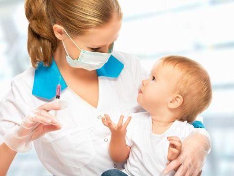 8 vaccinuri vor fi obligatorii pentru inscrierea copiilor la gradinita/scoala