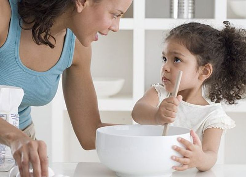 Lectii pe care copiii le pot invata in bucatarie