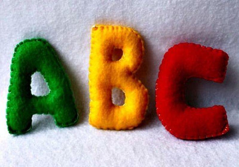 7 activitati distractive prin care copiii invata alfabetul